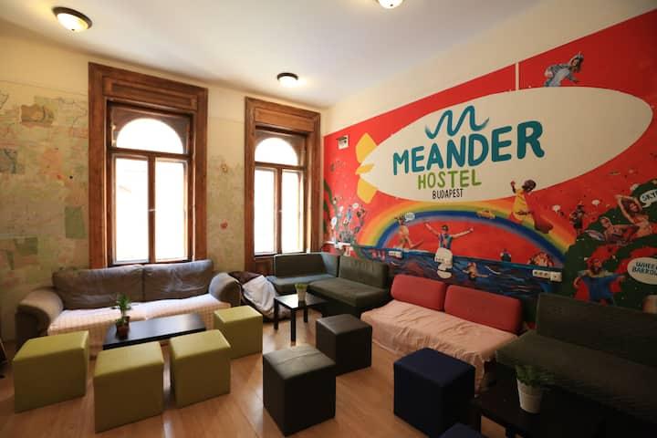 Meander Hostel