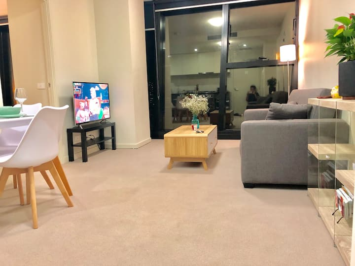 Dockland cosy apartment with spectacular view
