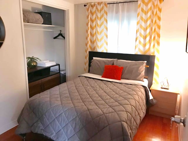 In the heart of Anchorage: Spenard Guest Room #3