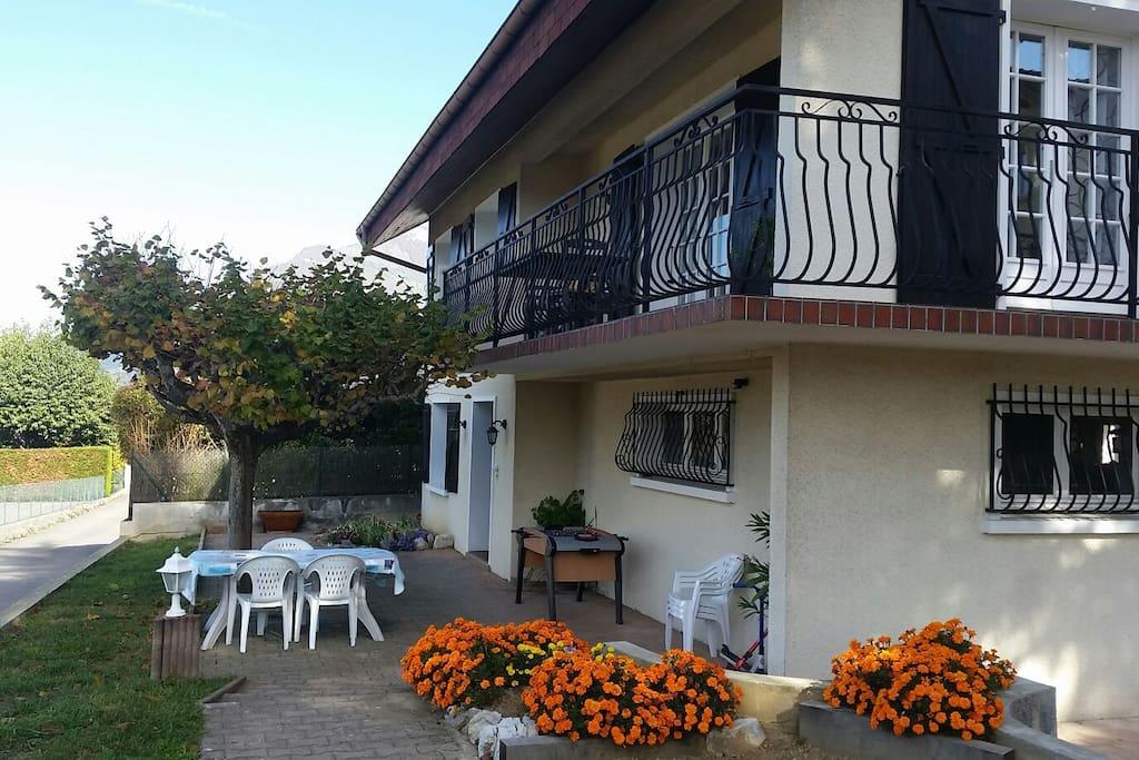 Terrasse dédiée à l'appartement