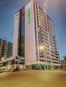 Flat completo no centro, andar alto - Brasília  - Apartamento