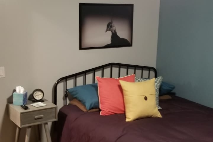 Comfortable Room ★ Safe Area ★ Welcoming & Modern