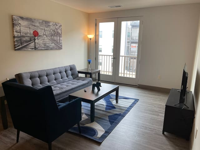 Extraordinary Top Floor Views Mass Ave Apartment