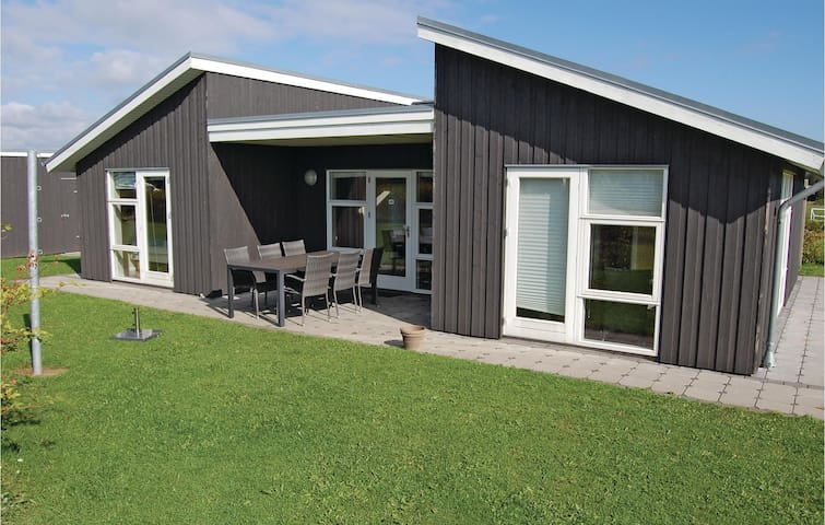 Holiday cottage with 3 bedrooms on 76m² in Haderslev