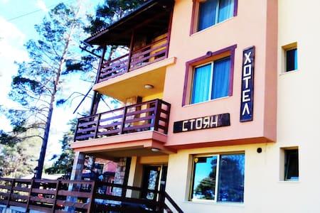Семеен Хотел Стоян - място за релакс и почивка - Tsigov chark - Hus
