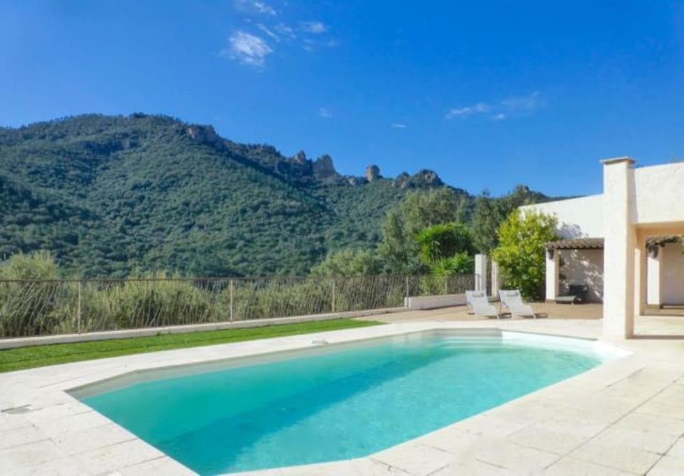 Stunning mountain views from the deck and pool