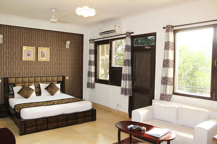 Studio Serviced Apartment in Gurgaon @BedChambers
