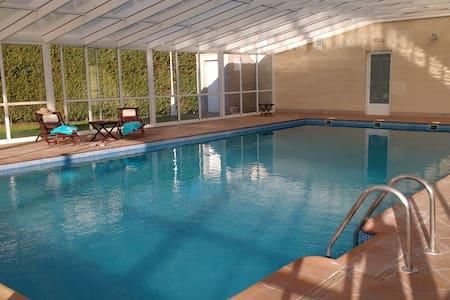 Relax next to Salamanca: private swimming pool. - Urb. El Soto (Aldeatejada) - 獨棟