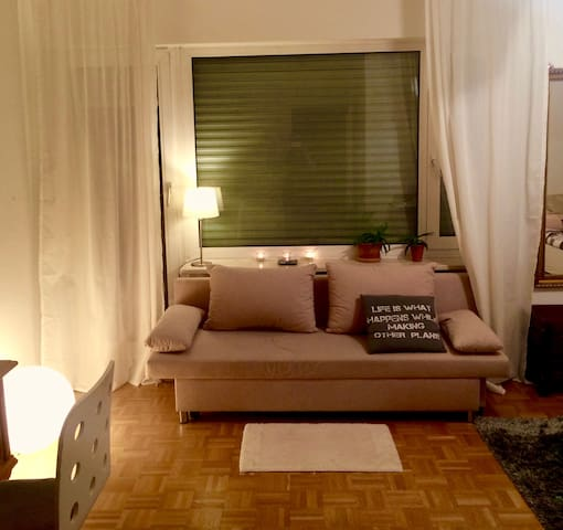 Awesome central flat near park - München - Apartment