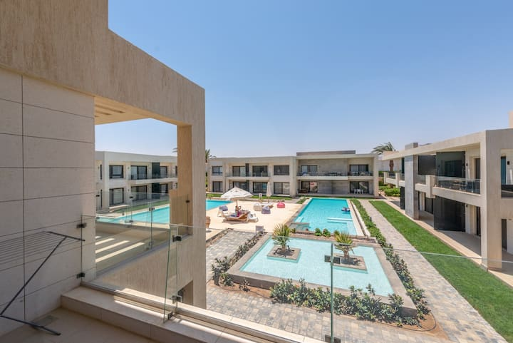 Modern 1BR Apartment in G Cribs Heated Pool Gouna