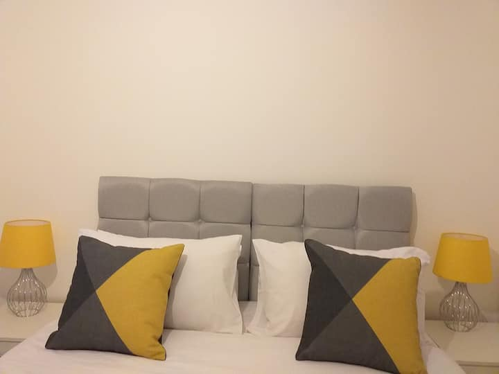 Cosy Home with Free Wifi in Sheffield -Excel Host