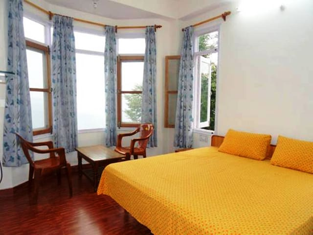 Aamantran Stays- Feel at Home close to Nature - Shoghi - Penzion (B&B)