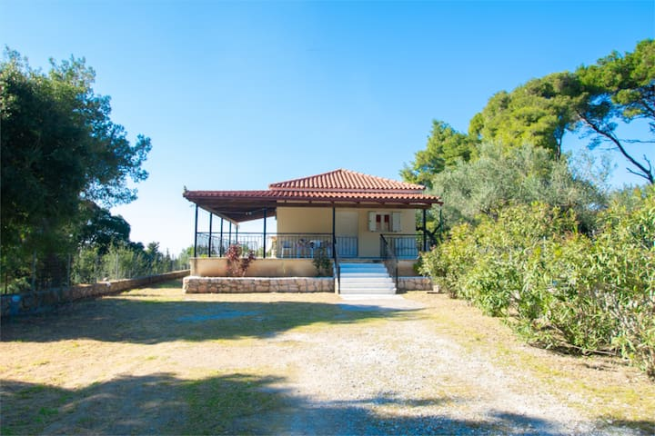 Secluded peaceful detached house near Porto Roxa