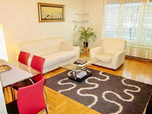 Arena Apartment - New Belgrade