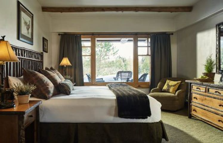 Highly Rated Whiteface Lodge Superior Suite