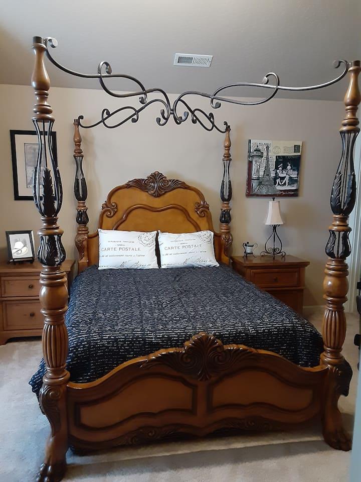 Paris Room Plus