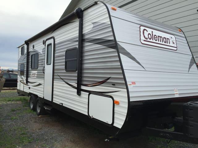 2016 Coleman Lantern RV Traieler - Moses Lake