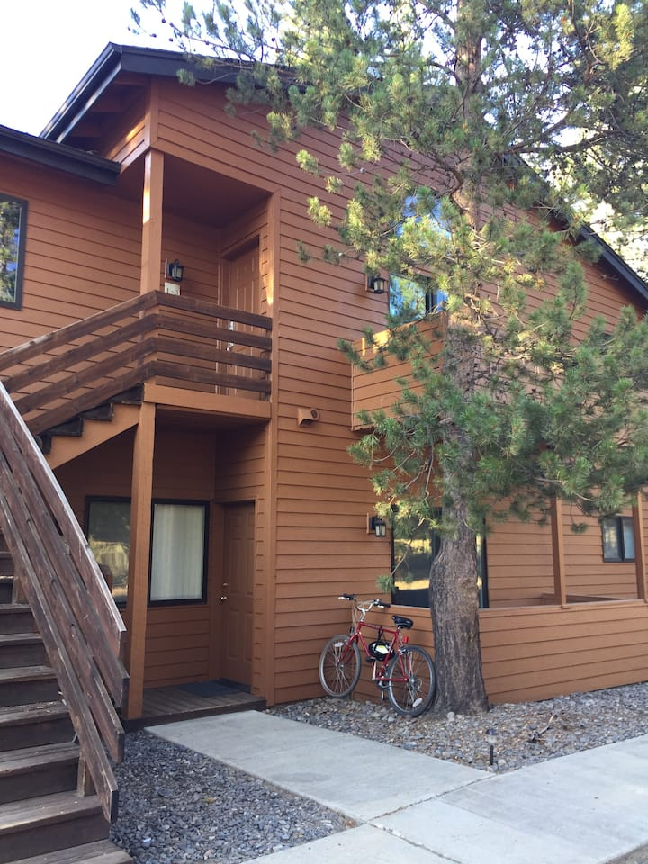 Comfortable Powder Village Condo in Sunriver OR