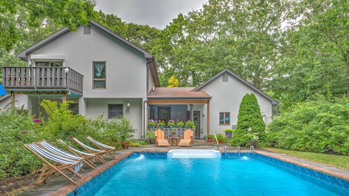 NEW LISTING: Gorgeous East Hampton Hideaway with Privacy and Full Amenity Suite