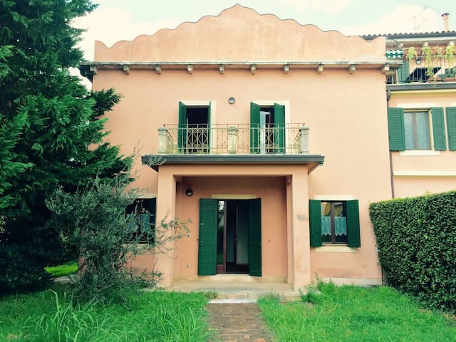 Romantic small villa - Verona - Haus