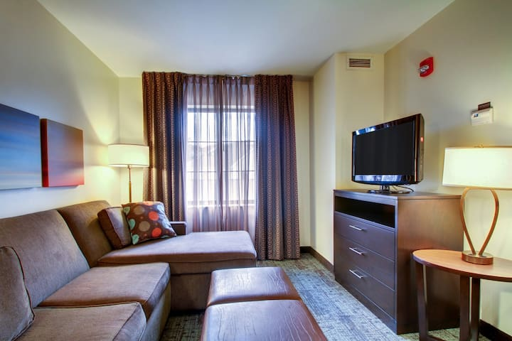 Free Breakfast. Pool & Hot Tub. Gym. Great Location! Near Kalahari and Wilderness Convention Centers