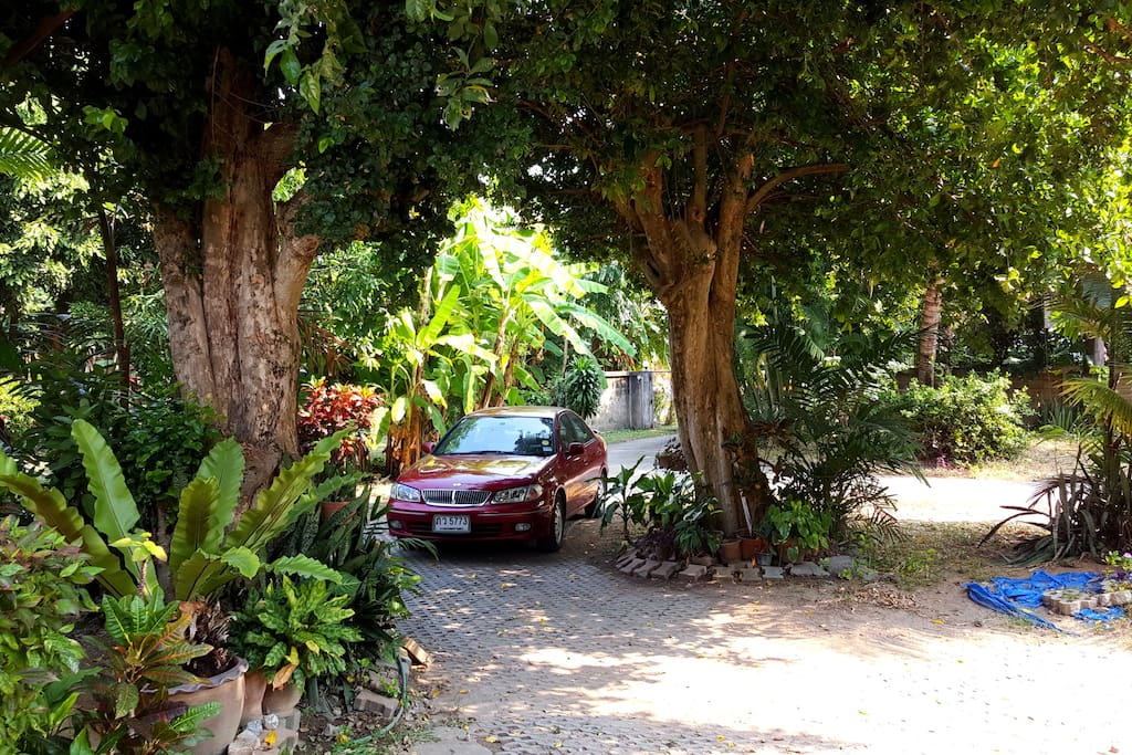 it's truely Hidden Garden Home