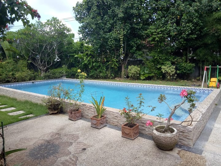 Great Private House for Big Family, Kids N Party