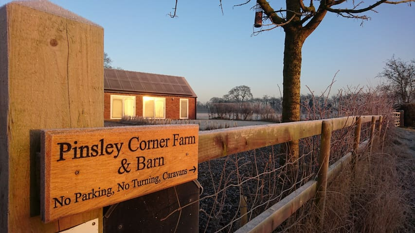 Pinsley Corner Barn - South Cheshire Rural Retreat - Pinsley Green - Casa
