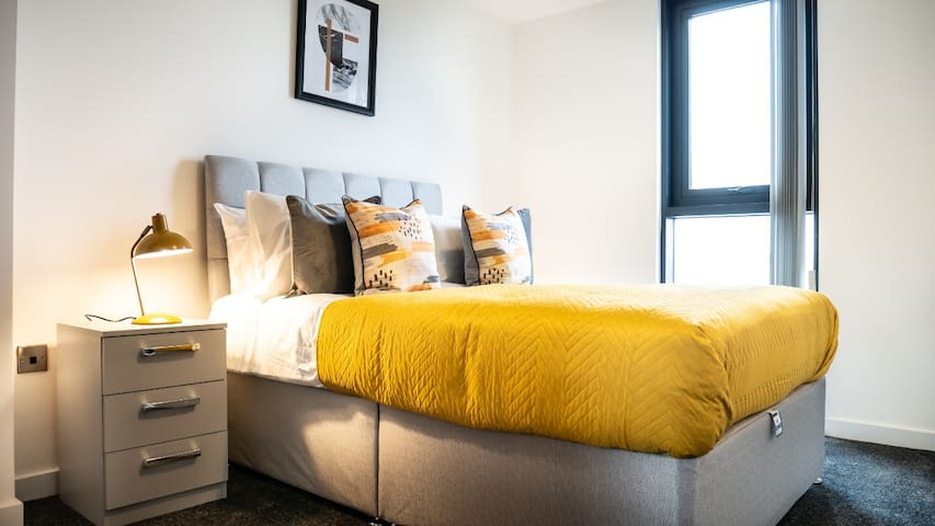 Modern Staycation Apartment in Sheffield