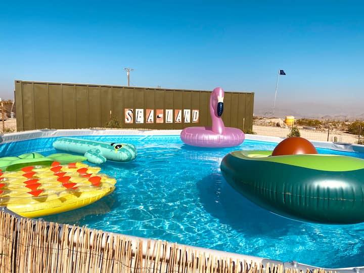Desert cabin: pool, hot tub, sauna, leisure areas