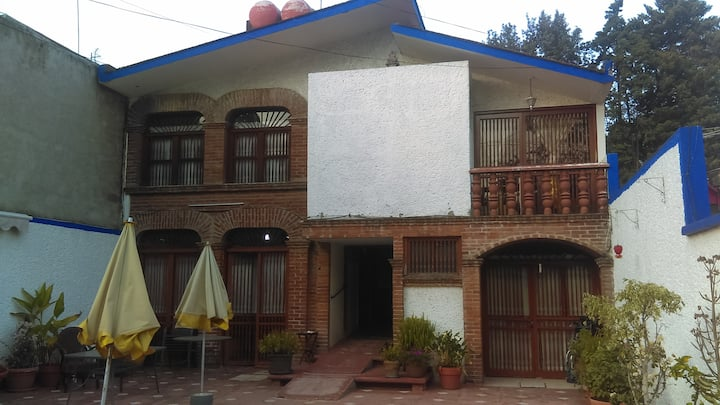 Casa de huespedes con servicios medicos
