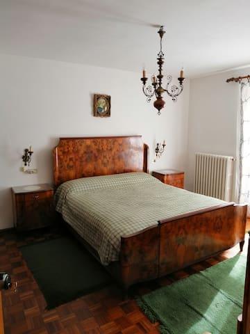 camera 3 matrimoniale