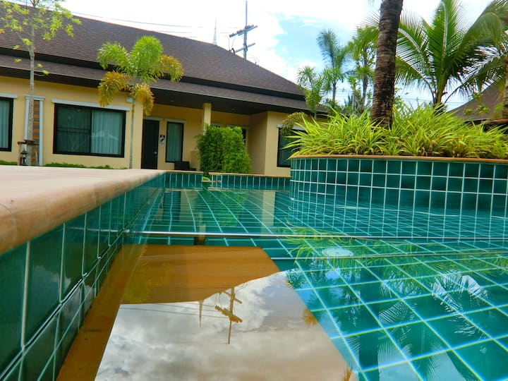 Oscar Pool Villa ( 2 Bedrooms with Pool View )