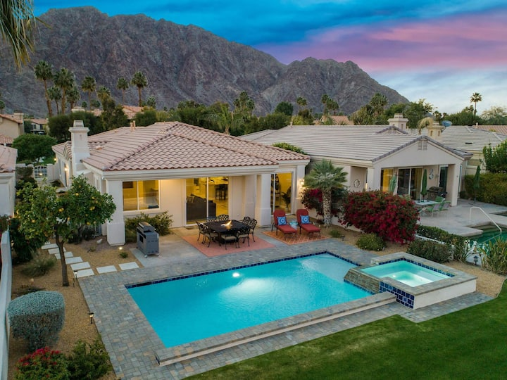 DESERT OASIS 5 STAR PRIVATE POOL-SPA-BBQ and MORE