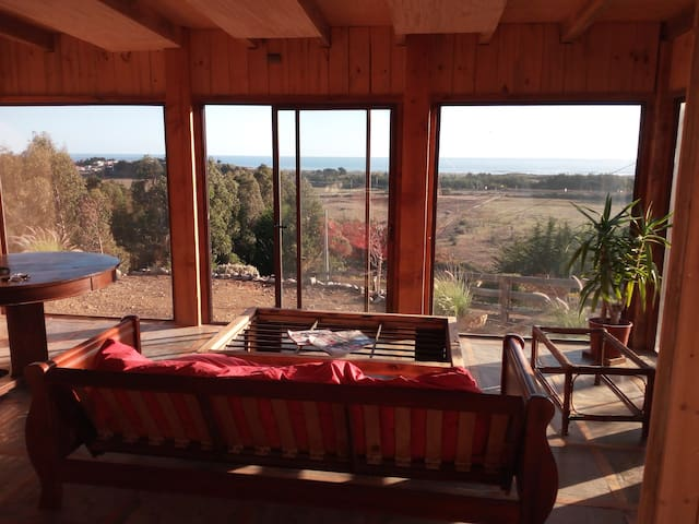 Surf Spot. Pichilemu. Nice house with ocean view.
