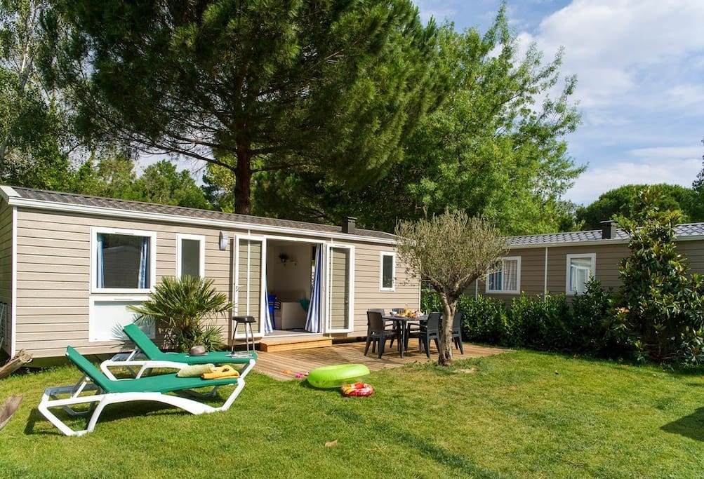 Camping la sir ne 5 2 bedroom mobile home 25m2 campers rvs for rent in argel s sur mer for Two bedroom mobile homes for rent