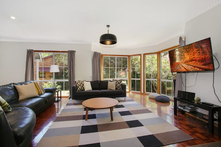 Canyon Walk House and Unit - five minute walk to town and on the river