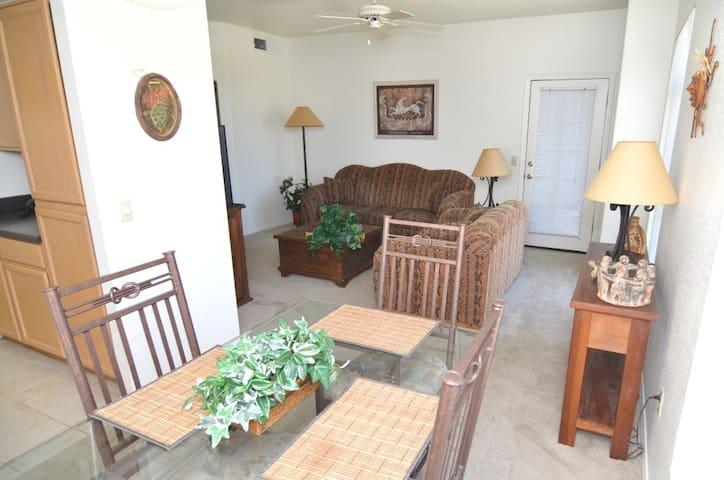 3 Bedroom Condo in North Scottsdale - Scottsdale - Apartment