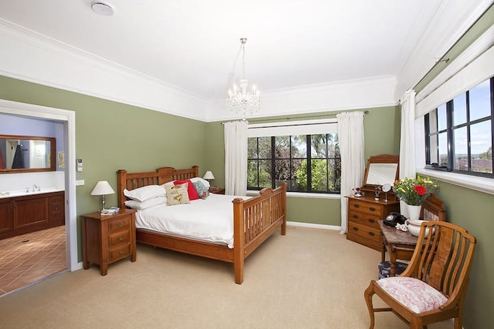 Banks room +en suite. Bowral country designer home