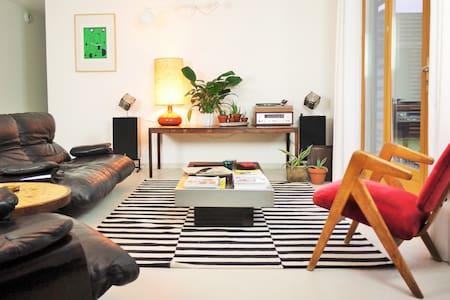 Maison chaleureuse et lumineuse - Cissé