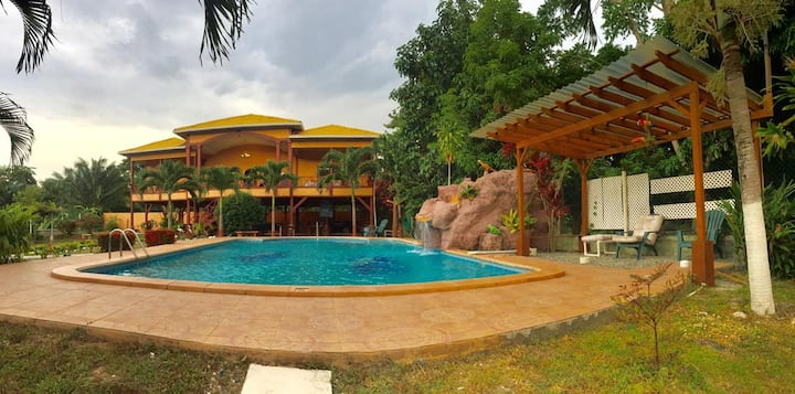 Villa Andre Beach house