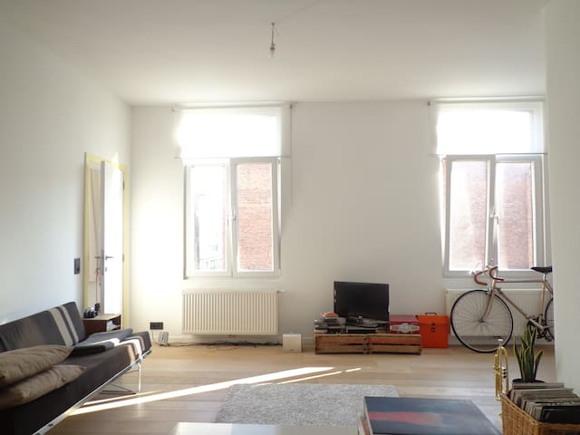 Cosy and bright apartment for 2 - Antwerpen - Wohnung