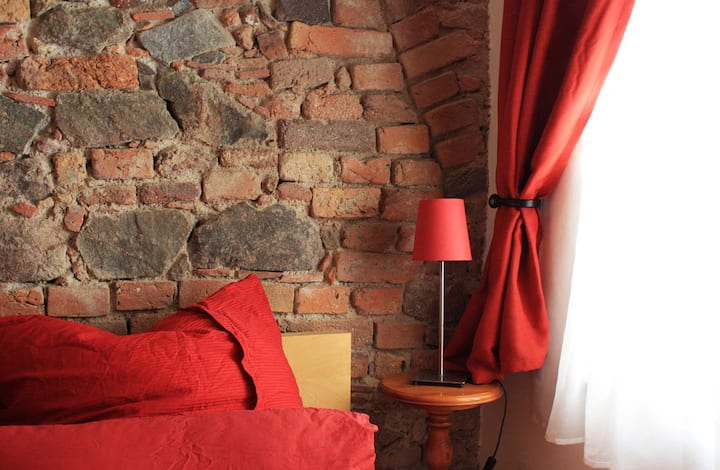 Rustic Room in the Historic Nikolaivorstadt