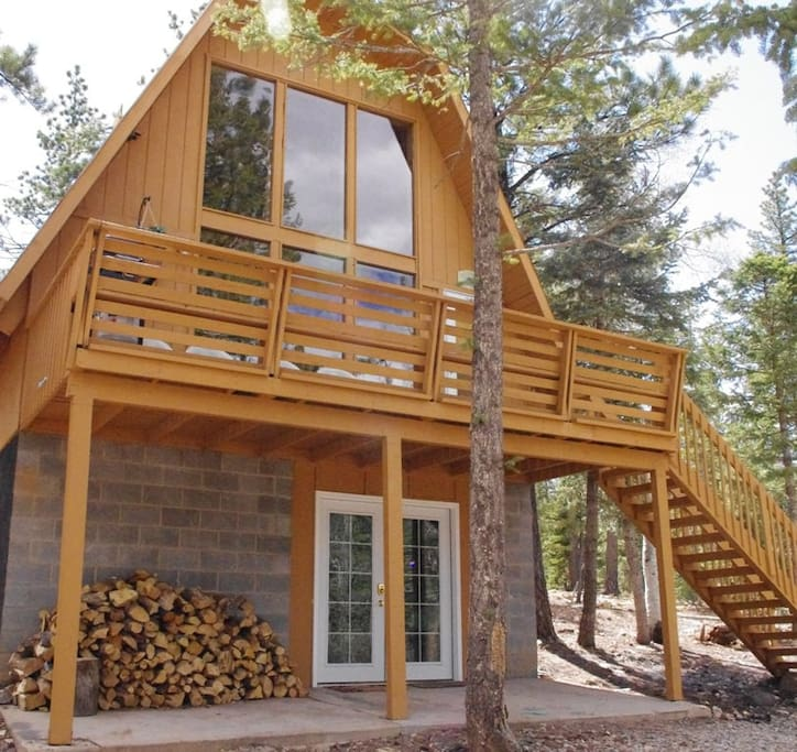 Cabin with 1/2 acre lot and plenty of space for parking cars and ATV's