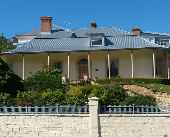 Lovely Heritage Accommodation