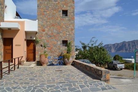 Entire Cretan villa -sea views - Mochlos