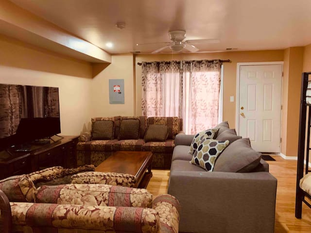 Affordable Best In City,Safe&Spotless Clean Apt#A