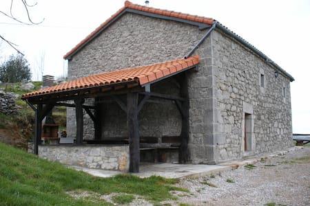 Casa El cierro - Kantabrien