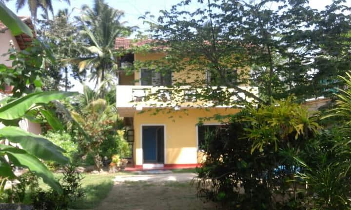 Midigama Beach Private Studio new room