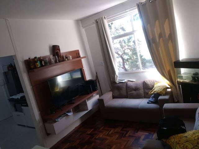 Alugo apartamento completo (pequenas temporada)